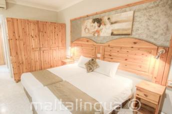 Alexandra Hotel Schlafzimmer, St Julians