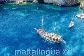 Bootsfahrt mit der Sprachschule nach Crystal Bay, Malta