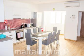 Apartment Küche und Esszimmer