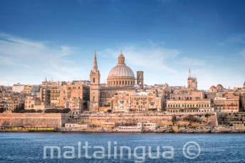 Sicht auf Valletta von der Sliema Fähre