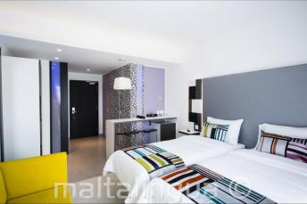Valentina Hotel modernes Zimmer, Malta
