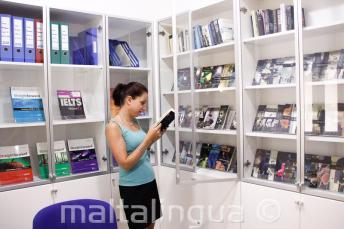 Kostenlos Bücher und DVDs in der Bücherei ausleihen