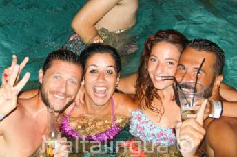 Pool Party in unserer Englisch Sprachschule