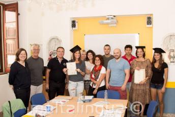 Sprachschüler, die erfolgreich an einem unserer Englischkurse teilgenommen haben