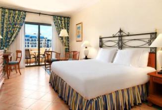 Hilton Hotel Schlafzimmer in Malta