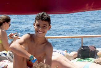 Kind aus dem Kidsprogramm auf einem Ausflug