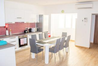 Schulapartment Küche Esszimmer