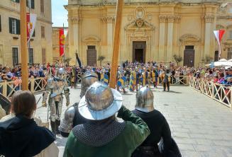 Nachstellung einer Schlacht im mittelalterlichen Malta